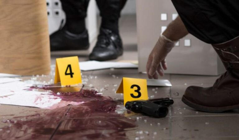 Crimă într-un subsol din Neamț