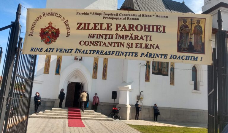 Zeci de credincioși, prezenți la Hramul Bisericii Sfinților Constantin și Elena