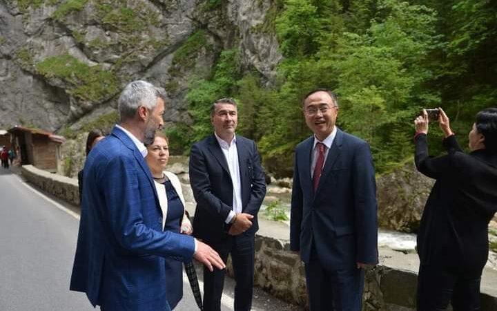 Delegația Ambasadei Republicii Coreea la București a petrecut trei zile în județul Neamț